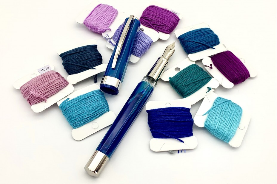 Visconti Opera Demo Carousel Blue Cotton Candy Fountain Pen