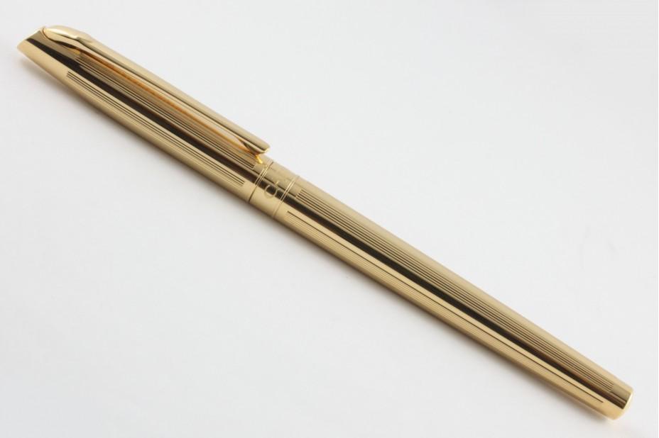 Caran D`Ache Madison Cisele Gold Plated Fountain Pen