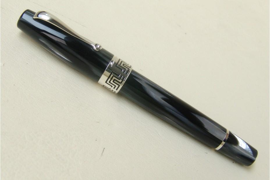 Montegrappa Extra 1930 Black White Celluloid Fountain Pen