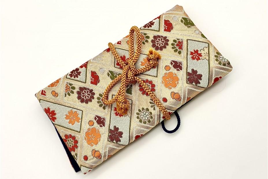 Nakaya Kyoto 'Nishijin-ori' textile Pen pouch for 5 pen White