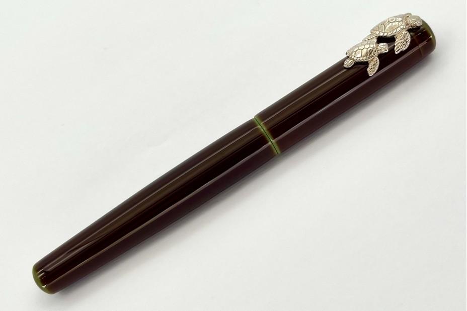 Nakaya Neo Standard Writer Heki-Tamenuri Fountain Pen with Rhodium Sea Turtle Stopper