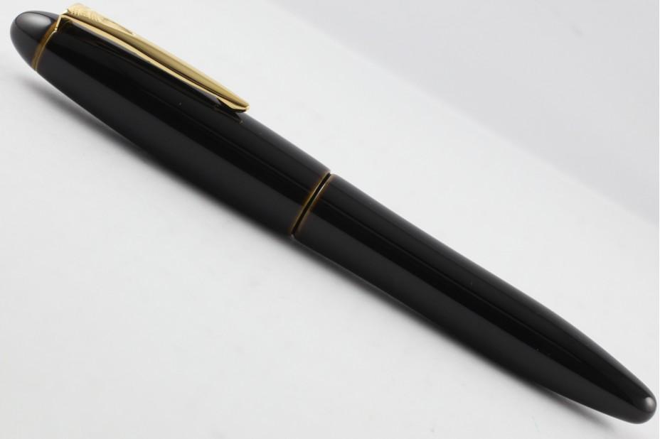 Platinum Izumo Tamenuri Biwatame Fountain Pen