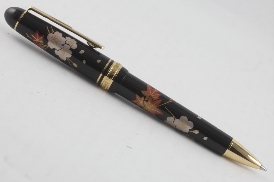 Platinum Maki-e Shunju Ball Pen