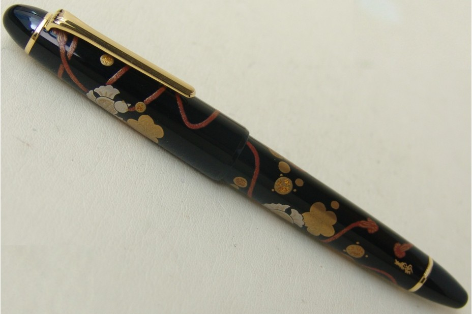 Sailor 1911 Classic Large Kyou Maki-e Hana Musubi Fountain Pen