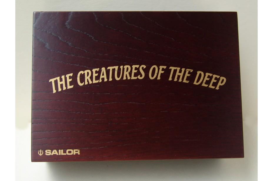 THE CREATURE OF THE DEEP MAKI-E LIMITED EDITION